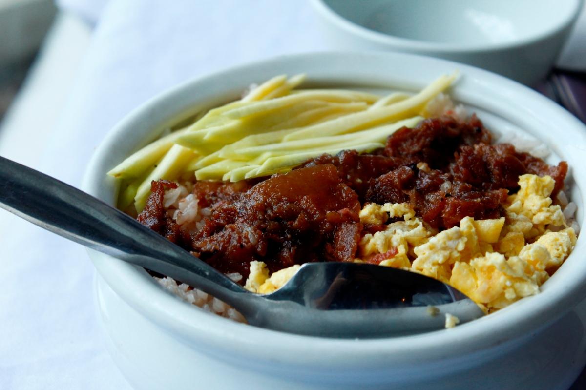 Foodgasm episode 16: Pamana Restaurant (+ EnchantedKingdom)